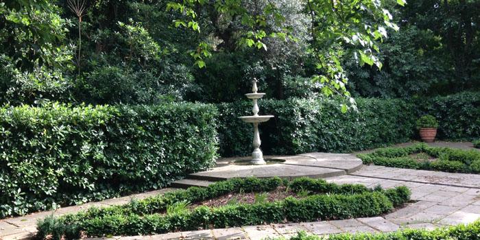 Jardines de la tamarita en sarri sant gervasi barcelona - Jardines de barcelona ...