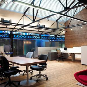inmofinders-oficinas-de-alquiler-barcelona-espacios-polivalentes