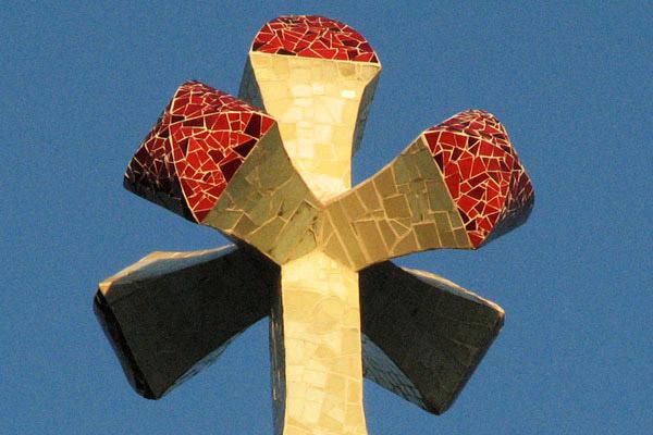 cruz Torre Bellesguard