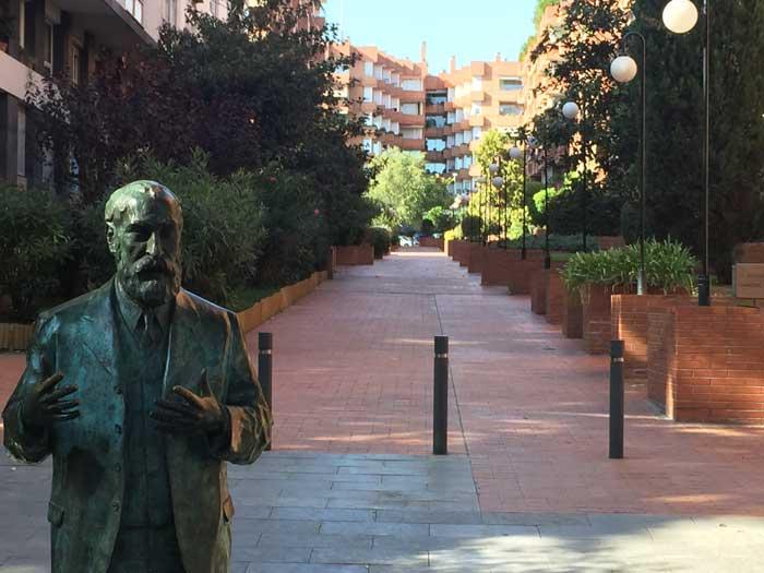 Puerta Miralles en Sarrià zona alta Barcelona