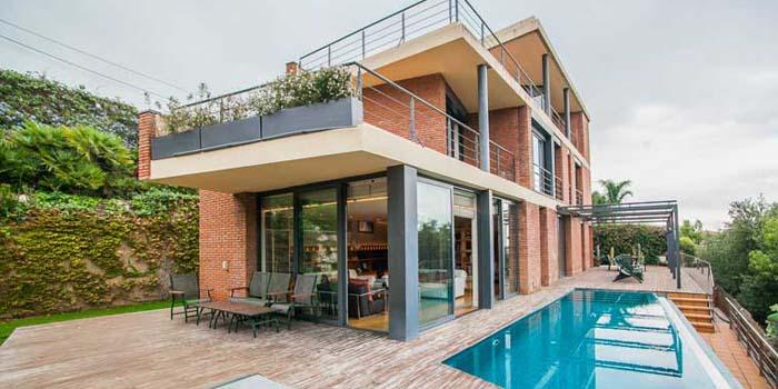 inmofinders vivir en casas unifamiliares en Barcelona